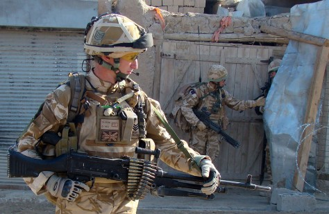 Image: British soldiers in Sangin, Afghanistan