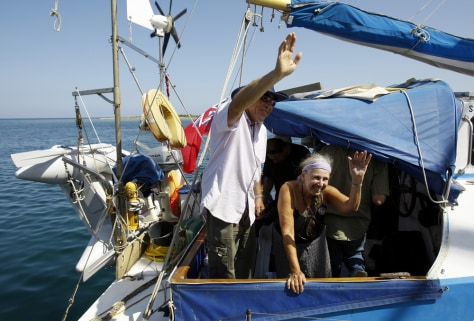 Image: Jewish activists sail from Cyprus to Gaza
