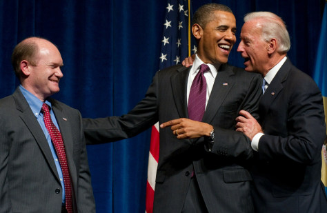 Image: US President Barack Obama talks with US