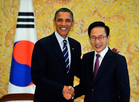 Image: South Korea's President Lee Myung-bak and President Barack Obama