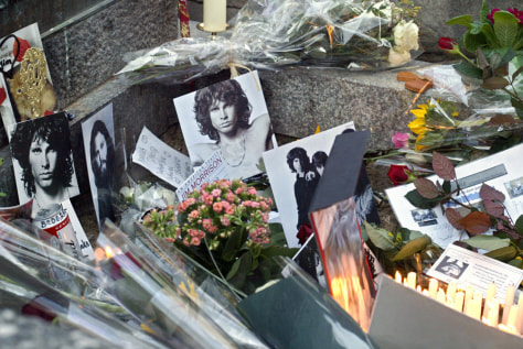Image: Jim Morrison's grave