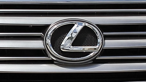 Image: Consumer Reports Issues Don't Buy Warning For Lexus GX 460 SUV