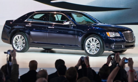 Image: Chrysler 300 sedan unveiled on the opening day of the Detroit Auto Show