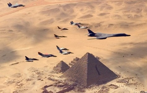 Image: U.S. Air Force B-1B bomber flies over pyramids