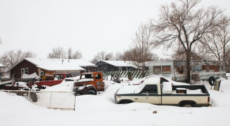 Image: Old vehicles in Ziebach County