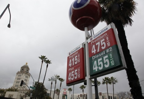 Image: Beverly Hills, Calif., gas station