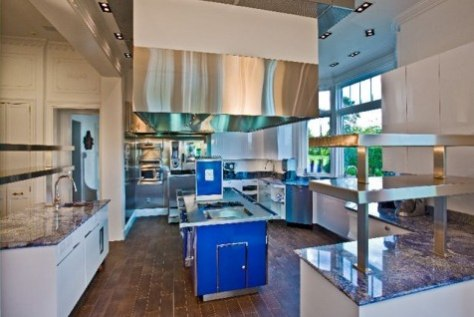 Image: Hamptons kitchen