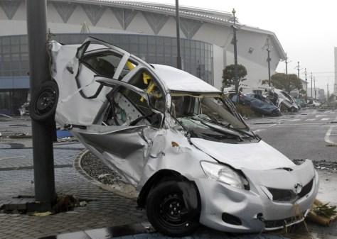 Image: Wrecked Toyota Yaris compact sedans
