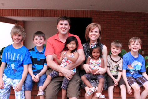 Image: the Vander Zwaag family shows them in Bucaramanga, Colombia