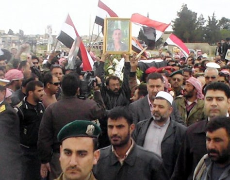 Image: Funeral procession for Syrian soldier