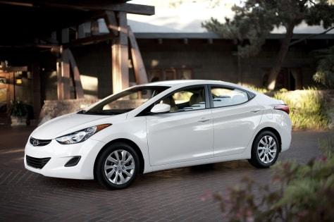 Image: 2011 Hyundai Elantra