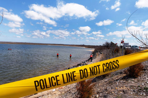 Image: Suffolk County Dive Team search Hemlock Cove