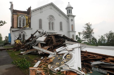 Image: Destroyed church steeple