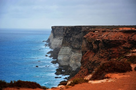 Image: Cliffs of northwestern Australia