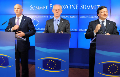 Image: Greek Prime Minister George A. Papandreou, European Council President Herman Van Rompuy and European Commission President Jose Manuel Barroso arrive for a presser after the EU summit on Thursday