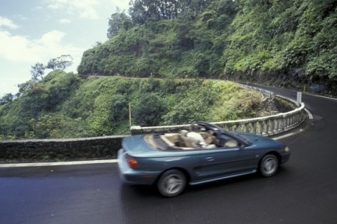 Image: Driving in Hawaii