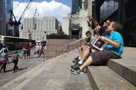 Image: Tourists at Ground Zero