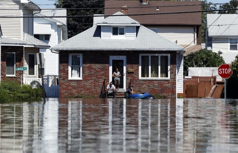 Image: To match SPECIAL REPORT - Irene wallops floundering flood