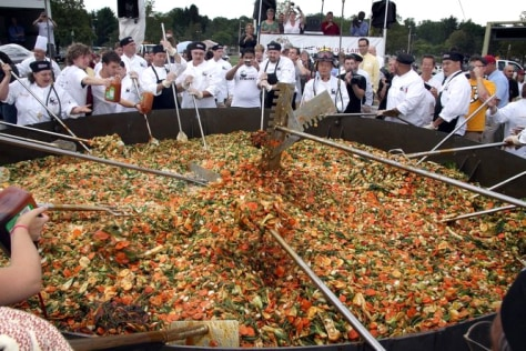 Image: record setting stir-fry