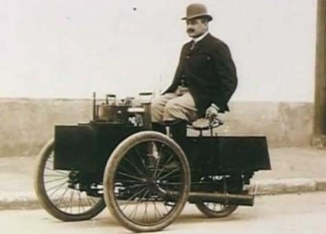 Image: 1884 De Dion Bouton et Trepardoux Dos-a-Dos Steam Runabout