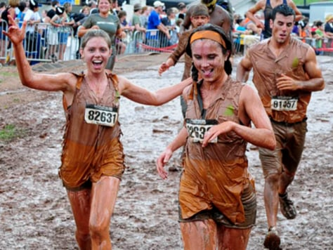 Image: People running in mud
