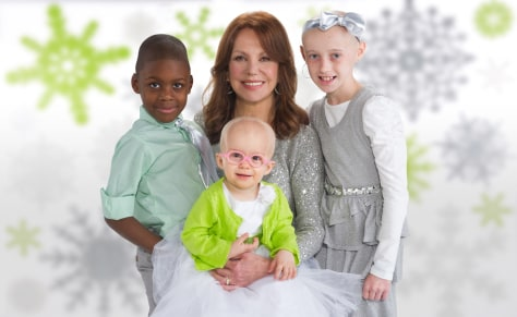 Image: Marlo Thomas with children