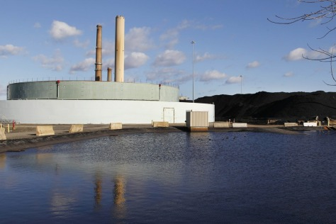Image: Power plant in Salem, Mass.