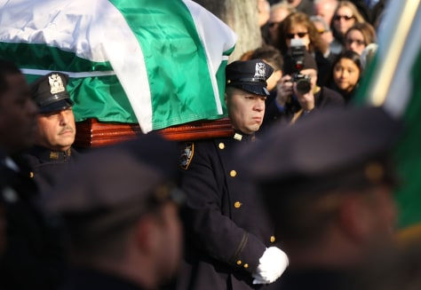 Image: Funeral held for Brooklyn cop shot during home invasion