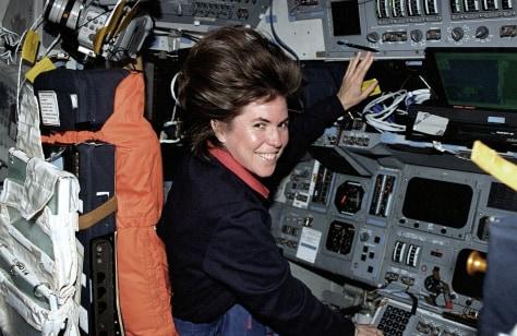 Image: Astronaut Janice Voss