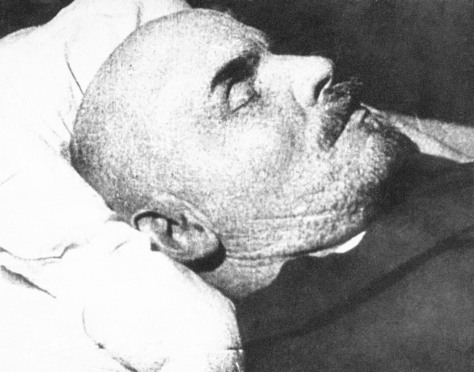 Image: Lenin on deathbed
