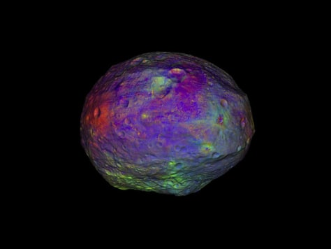 Image: Animation of Vesta made with Dawn's framing camera