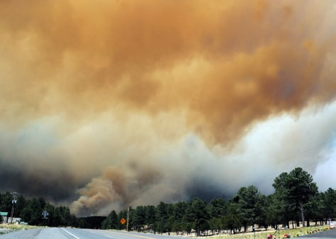 Image: Smoke from New Mexico fire