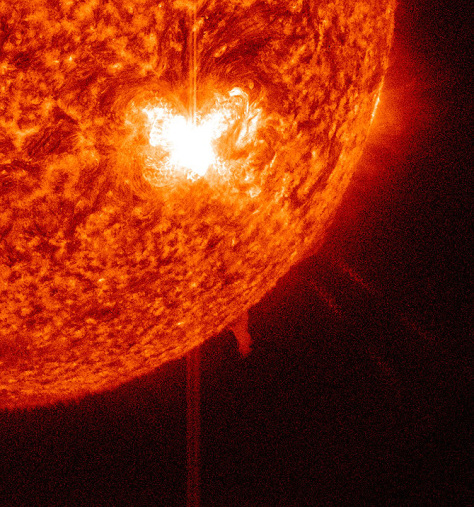 Active sunspot fires off new solar flare - Technology ...