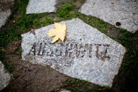 Image: Memorial to Auschwitz victims in Berlin