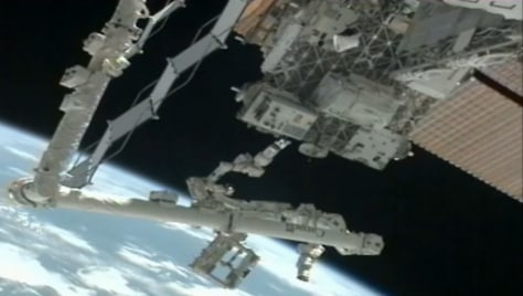 Image: Dextre robot on the space station