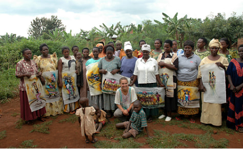 Image: Natalie Portman with members of a FINCA Uganda Village Banking group in Jinga, Uganda