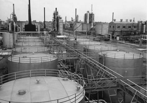 Image: Oil refinery by Standard Oil of New Jersey