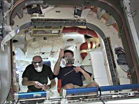 Image: Don Pettit and Russian cosmonaut Oleg Kononenko