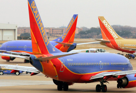 Image: Planes at Love Field in Dallas