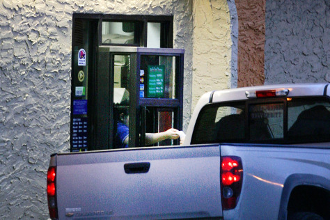 Image: Taco Bell Drive-thru