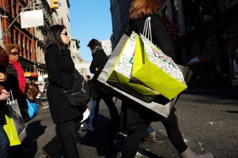 Image: Shopping in New York City