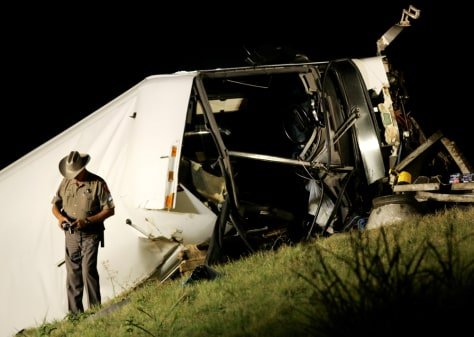 Image: Deadly bus crash