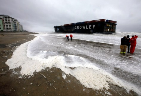 Image: A barge beached in Virginia