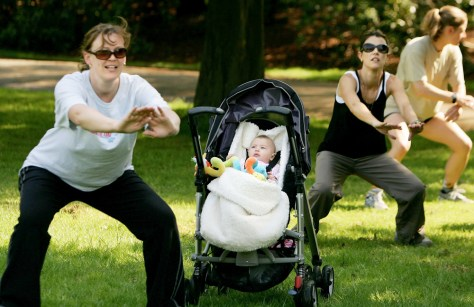 Image: Moms get in shape with Powerpramming