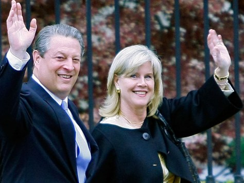 Image: Al and Tipper Gore