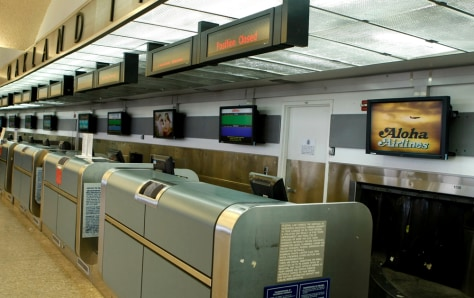 Image: Empty Aloha Airlines ticket desks