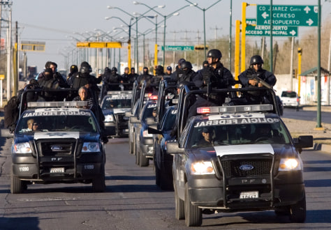 Image: Mexican Federal Police patrol near the U.S. border.