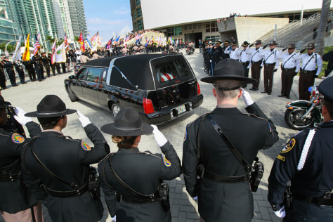 Image: Miami funeral service for two police officers killed trying to serve a warrant