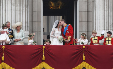 Image: BESTPIX Royal Wedding - The Newlyweds Greet Wellwishers From The Buckingham Palace Balcony