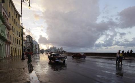 Image: Havana's seafront boulevard